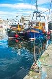 Port de Burghead avec des bateaux de pêche Images libres de droits