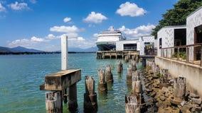 Port de cairns de petite gorgée de croiseur photo stock