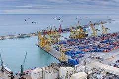 Port de cargaison à Barcelone. Photo stock