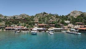 Port de château de Kalekoy et de Simena près d'île de Kekova en Turquie Photos libres de droits