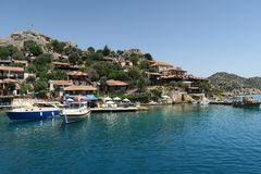 Port de château de Kalekoy et de Simena près d'île de Kekova en Turquie Images stock