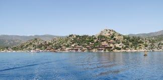 Port de château de Kalekoy et de Simena près d'île de Kekova en Turquie Photo libre de droits