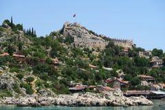 Port de château de Kalekoy et de Simena près d'île de Kekova en Turquie Photographie stock