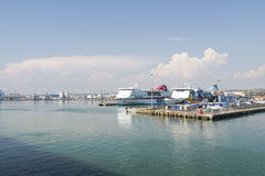 Port de Civitavecchia - l'Italie Photo stock