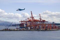 Port de conteneur Photographie stock