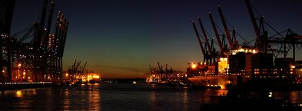 Port de conteneur la nuit Image stock