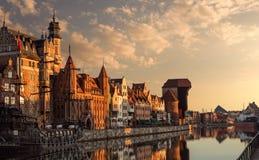 Port de Danzig au lever de soleil photos stock