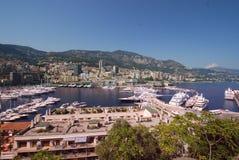 Port de Fontvieille, marina, ville, ciel, mer Photos libres de droits