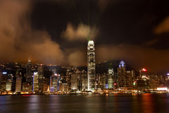 Port de Hong Kong la nuit Lightshow de Kowloon Photos libres de droits