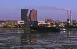 Port de Klaipeda, vieux ferry image stock