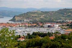 Port de Koper en Slovénie Photographie stock libre de droits