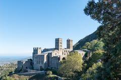 PORT DE LA SELVA (ESPAÃ ` A) -修道院SANT PERE DE RODES 库存图片