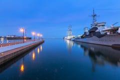 Port de mer baltique à Gdynia la nuit Image libre de droits