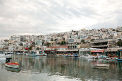 Port de Mikrolimano à Le Pirée, Athènes, Grèce Photographie stock libre de droits