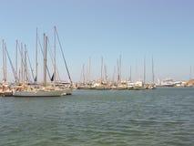 Port de Naxos chez Cyclades en Grèce Photographie stock libre de droits