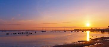 Port de New Jersey au lever de soleil Photographie stock libre de droits
