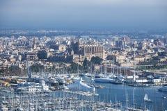 Port de Palma de Majorque : Port et cathédrale Images stock
