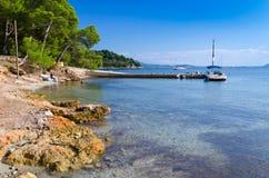 Port de petit bateau dans Pollenca Photo libre de droits