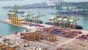 Port de récipient de paysage urbain de jour de temps-faute de Singapour Casserole  clips vidéos