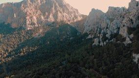 Port de Sa Calobra - όμορφοι παράκτιοι δρόμος και τοπίο Μαγιόρκα, Ισπανία απόθεμα βίντεο