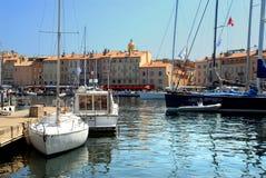 Port de Saint-Tropez en France Photo stock