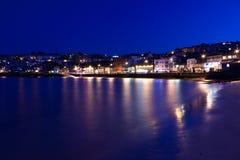 Port de StIves la nuit - longue exposition photographie stock libre de droits