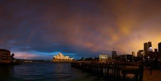 Port de Sydney et théatre de l'$opéra Photos stock