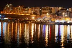 Port de Termoli par nuit Photographie stock