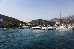 Port de yacht dans le budva Photo stock