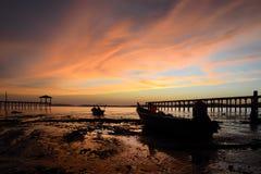 Port dickson i solnedgång arkivbilder