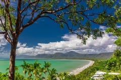 Port Douglas Four Mile Beach e l'oceano, Queensland, Australia Immagini Stock Libere da Diritti