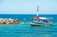 Port entrant d'Elizabeth de schooner chez Sissi Image stock