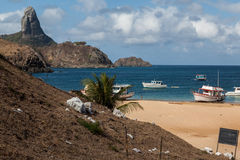 Port et Pico Hill Fernando de Noronha Brazil Photos stock