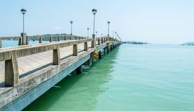 Port för Ao Po går till na-kaön Arkivfoto