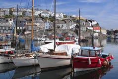 port för cornwall england fiskemevagissey Arkivbilder
