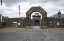 Port för Dartmoor fängelseingång, England UK Royaltyfri Bild