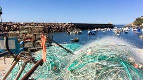 Port för fiske för Vila Nova dfeMilfontes ` lager videofilmer