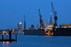 Port för lastfartyg Arkivbilder
