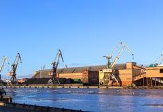 Port för Ventspils havshandel Arkivfoto