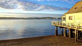 Port fruktträdgården, sikt för strand för WA-fjärdgatan av Puget Sound Arkivfoton