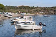 Port Hiszpańska śródziemnomorska wioska Portlligat obraz royalty free