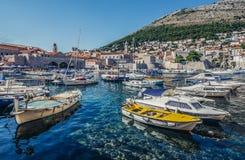 Port i Dubrovnik Arkivfoto