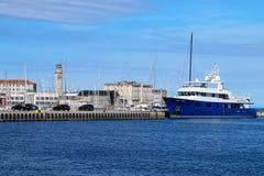 Port i latarnia morska w Trieste, Włochy Fotografia Royalty Free