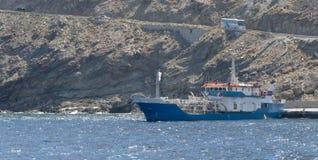Port i Santorinis caldera Royaltyfri Foto