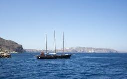 Port i Santorinis caldera Royaltyfri Fotografi