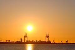 Port i solnedgången Arkivbilder