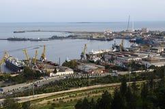 Port industriel à Bakou Photo libre de droits