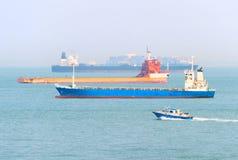 Port industriel de Singapour de cargos image stock