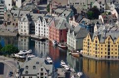 Port intérieur d'Aalesund (Norvège) Photographie stock