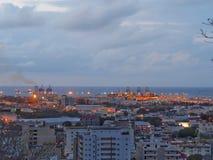 Port-Louis-Hafen in der Dämmerung Stockfotografie